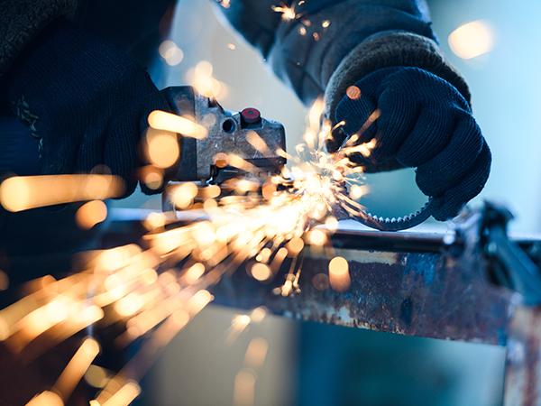 「安心」のための品質と技術、管鋼材の金属加工もサンベルトにお任せください